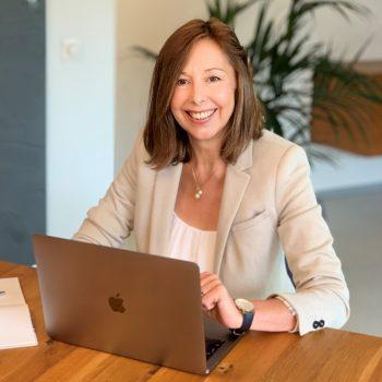 Porträt von Ingrid Hammerer - Inhaberin - Professionelle Vermarktung von Immobilien